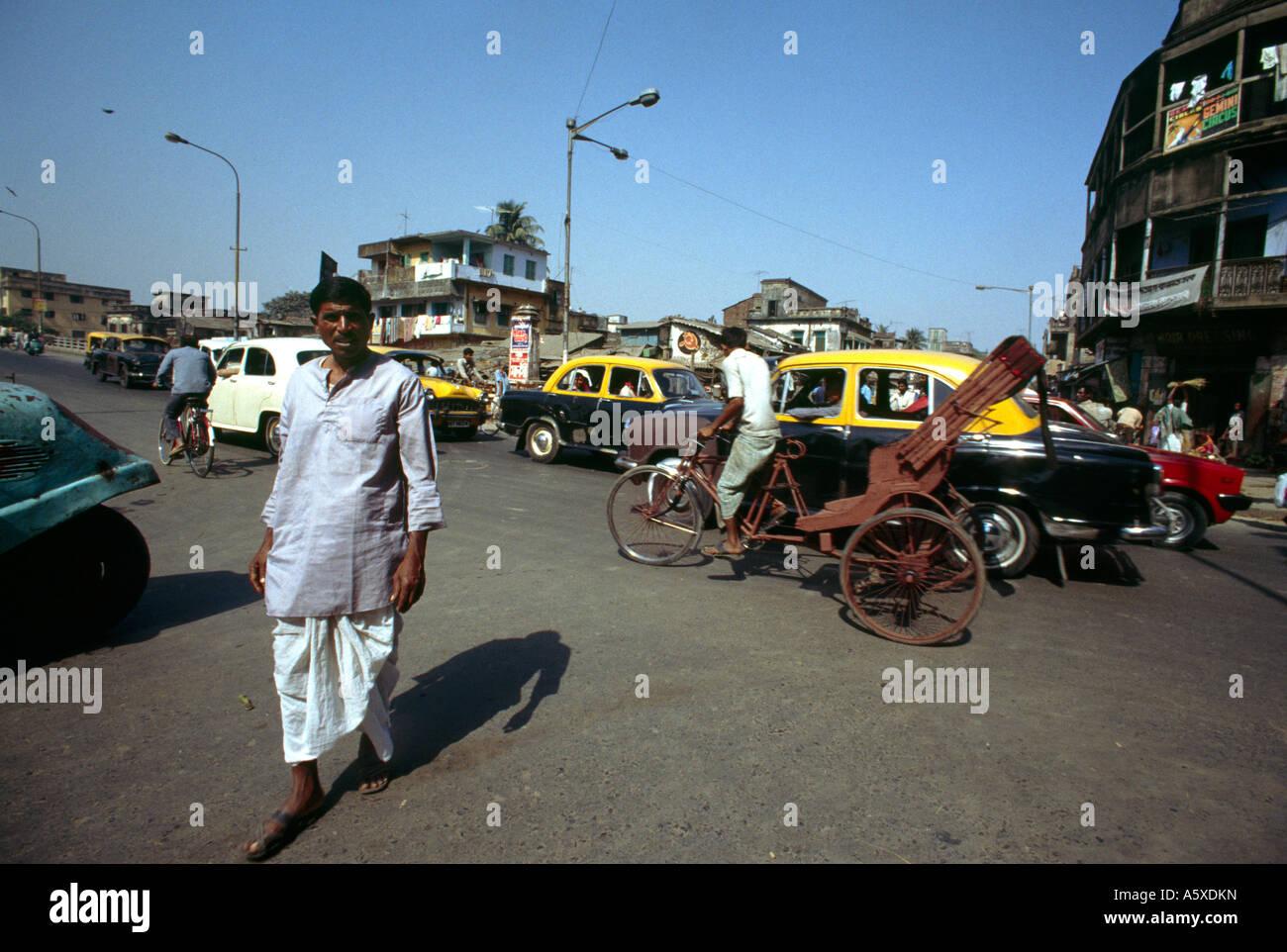 kolkata India Street With Hindustan Ambassador Cars - Stock Image
