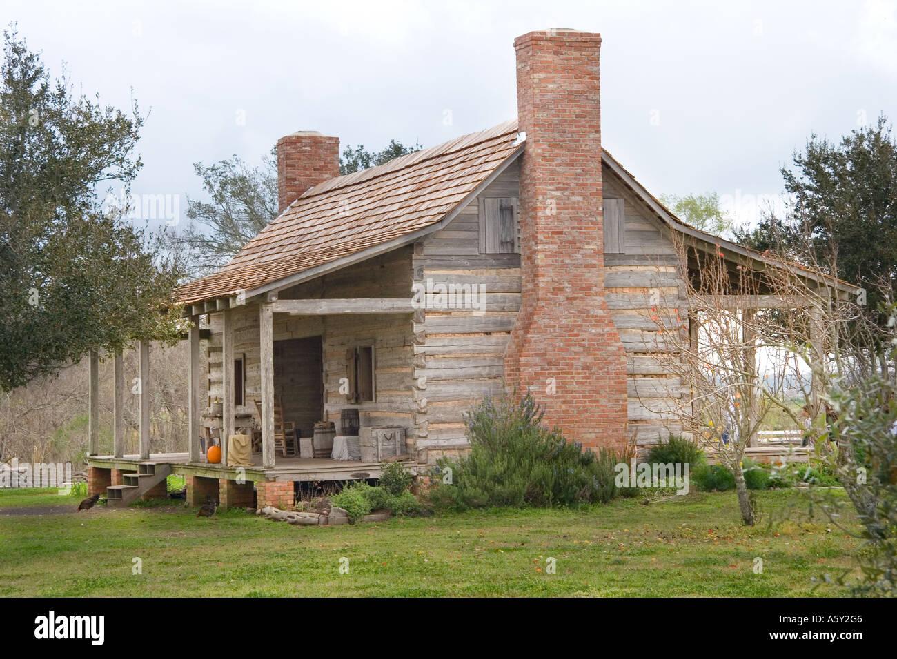 Side View, Dogtrot Cabin, Farmland, Texas 1830's - Stock Image