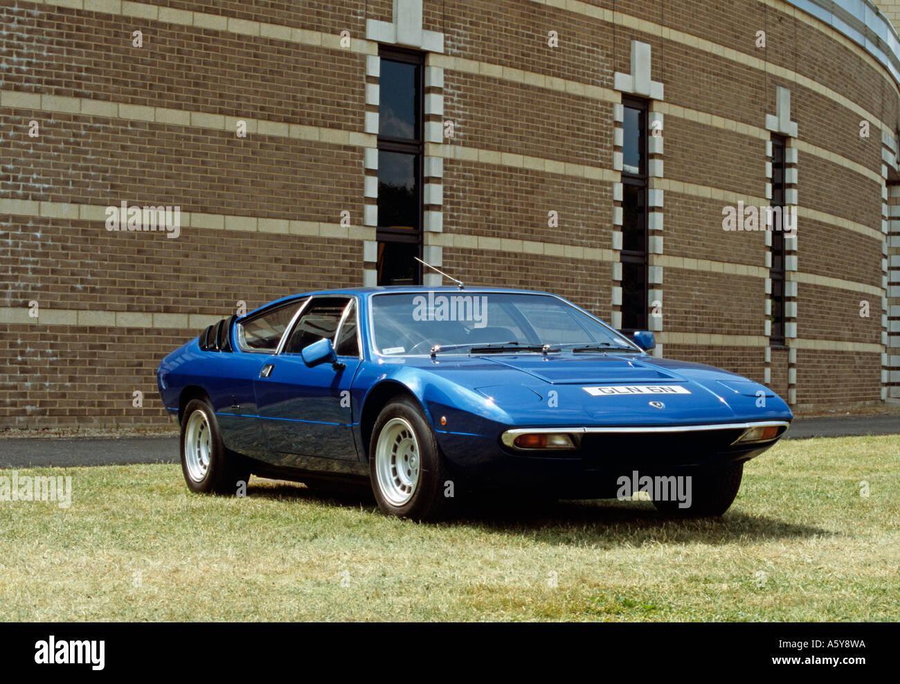 https://c8.alamy.com/comp/A5Y8WA/lamborghini-urraco-built-1972-to-1979-designed-by-marcello-gandini-A5Y8WA.jpg