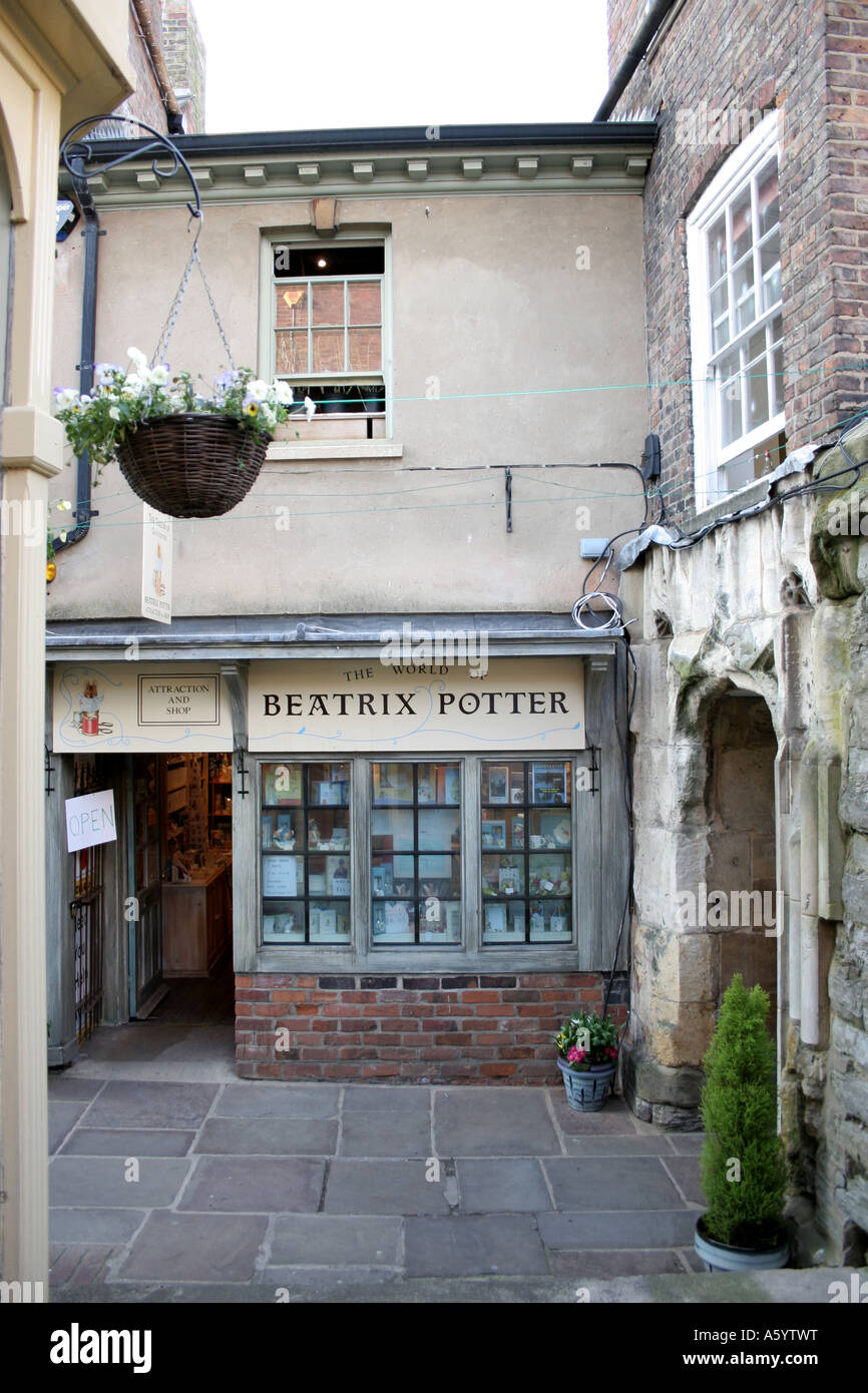 From the Beatrix Potter book, the house of the Tailor of Gloucester, now a museum. - Stock Image