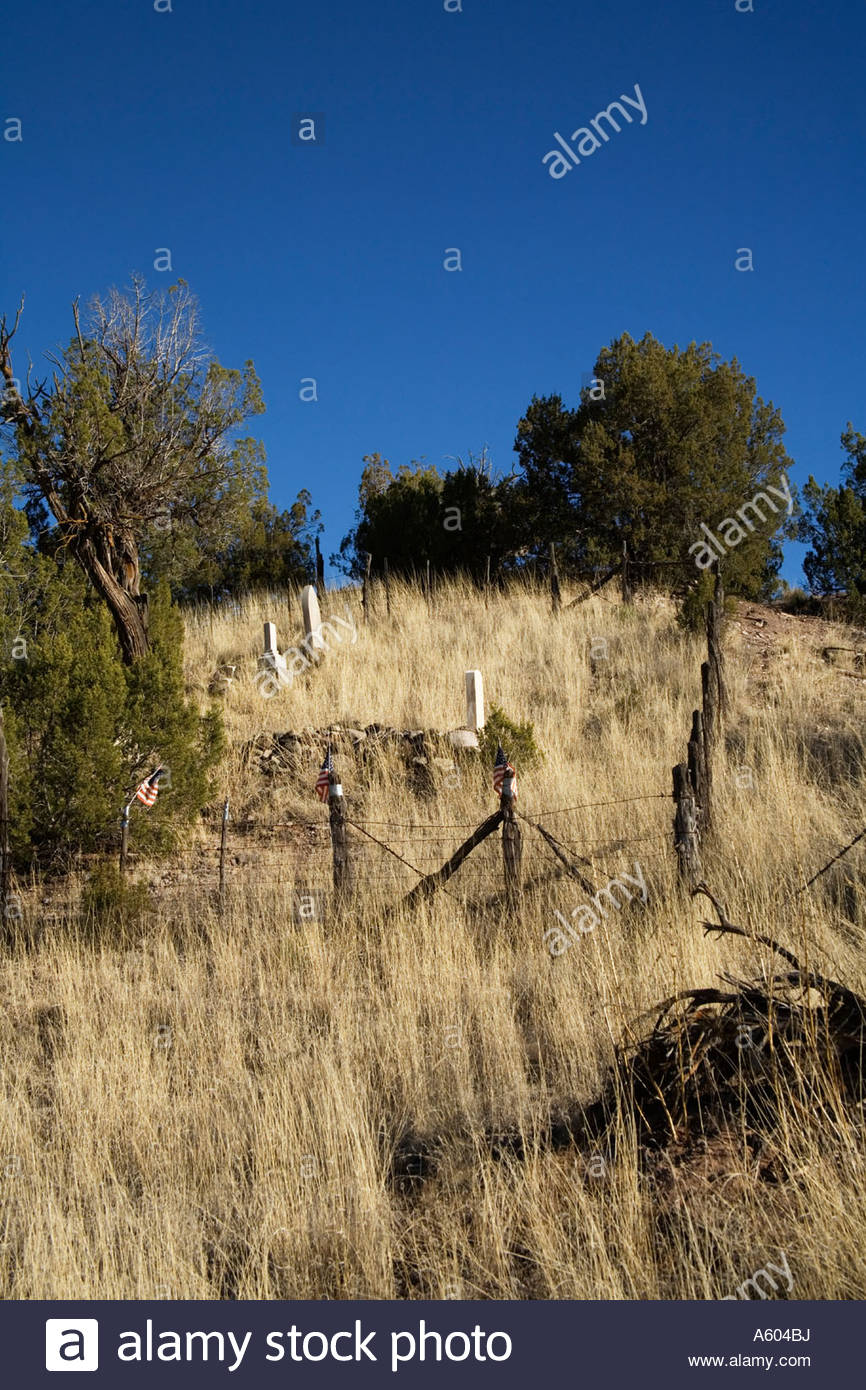 W S Cemetery on hillside north of Alma New Mexico soldiers killed by Apaches buried here - Stock Image