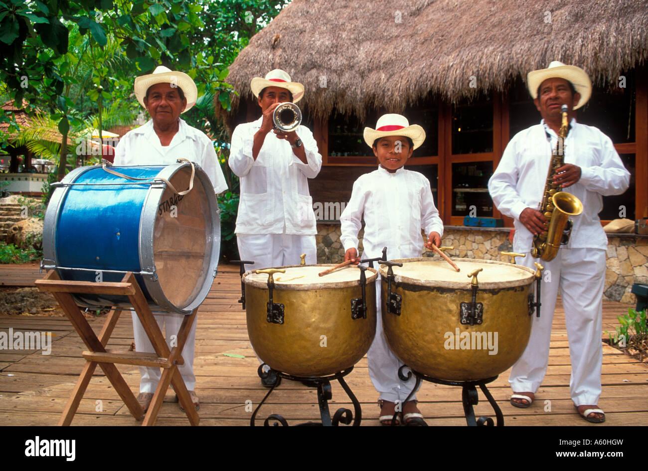 Mariachi Band Chichen Itza Yucatan Mexico Central America - Stock Image