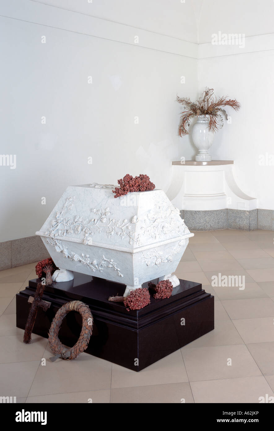 Berliner Dom, Hohenzollerngruft, Sarkophag der namenlosen Prinzessin - Stock Image
