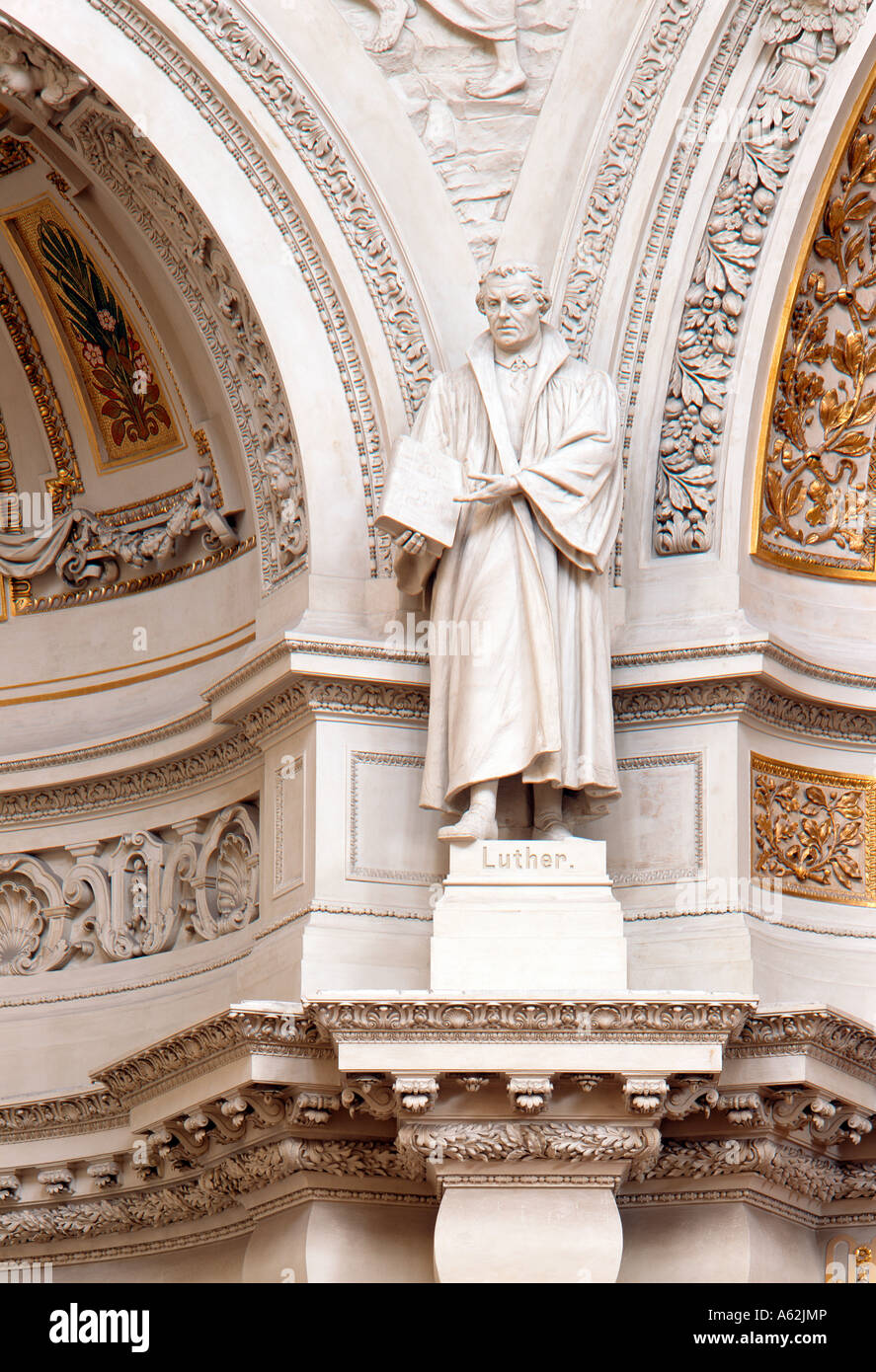 Berlin, Dom, Luther-Statue - Stock Image