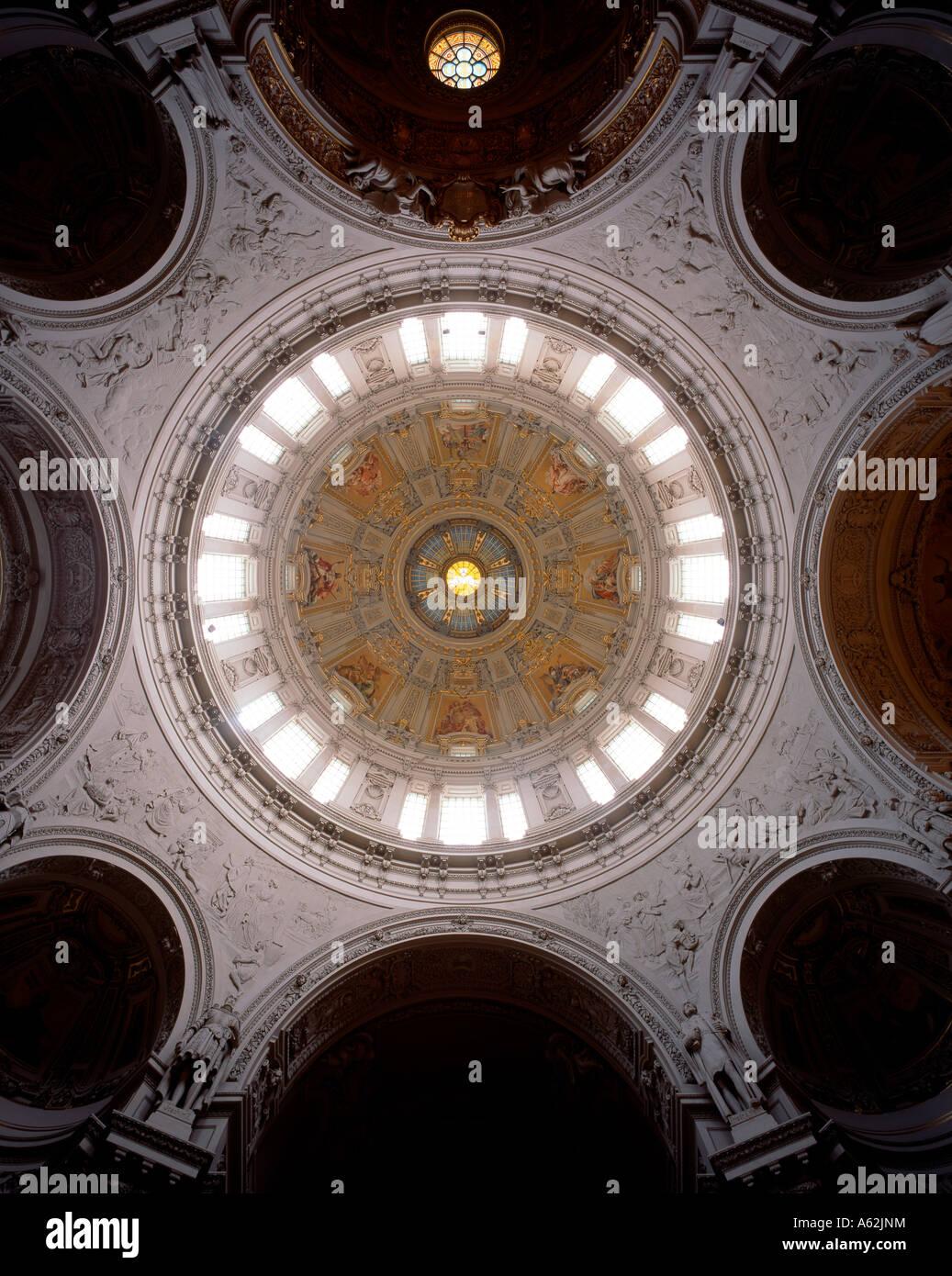 Berlin, Dom, Blick in die Kuppel - Stock Image