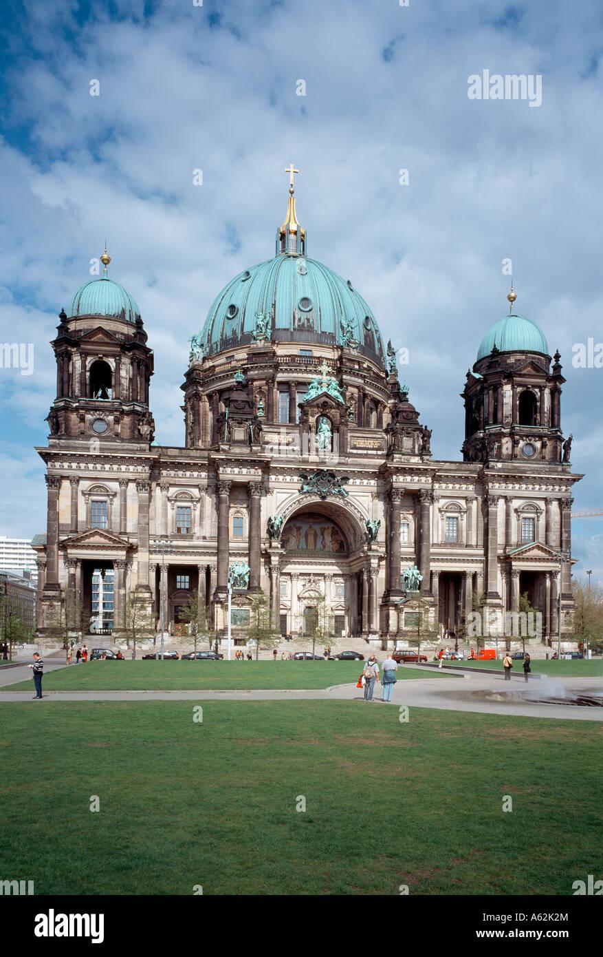 Berlin, Dom, Blick von Westen - Stock Image