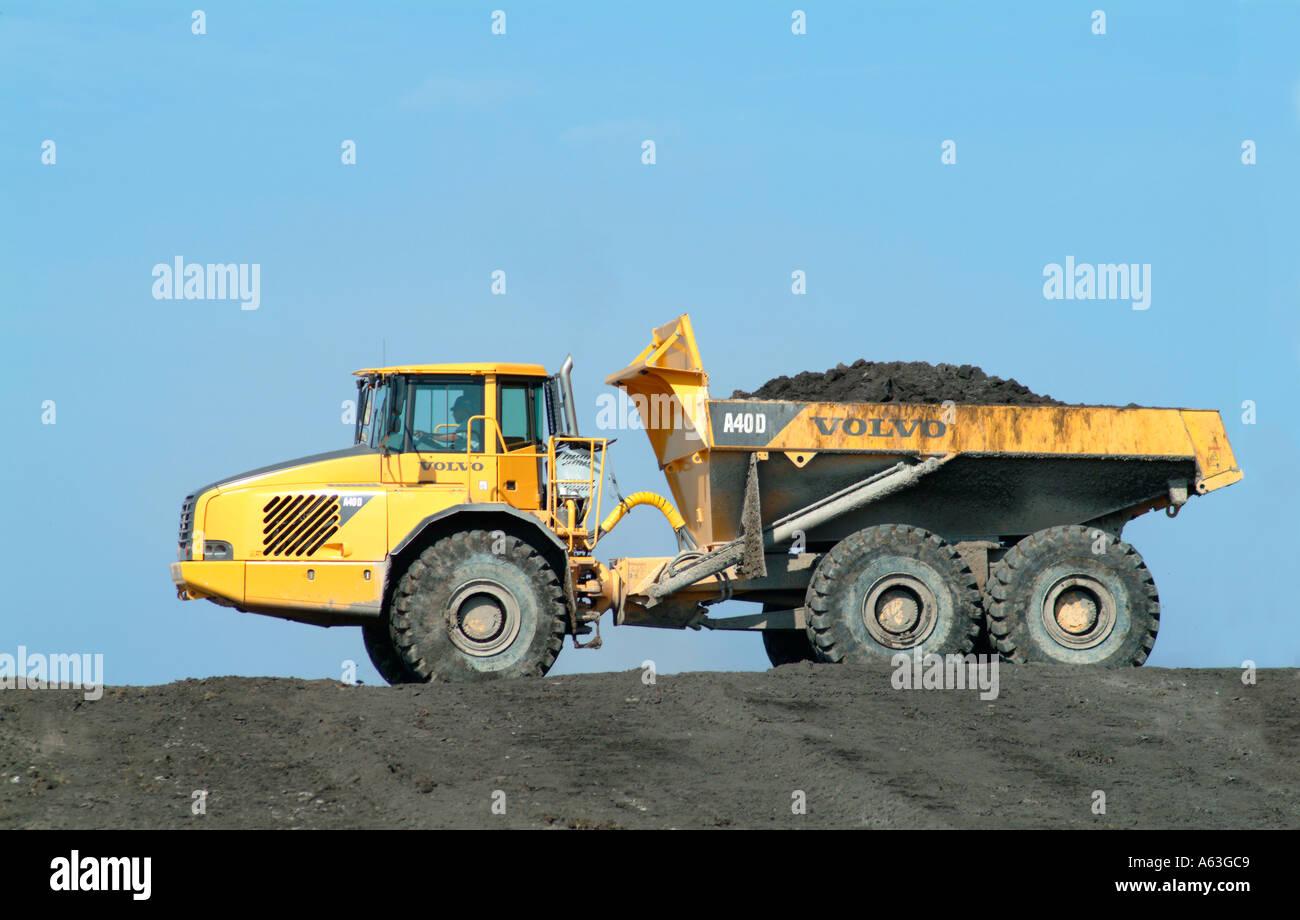 Big Dump Trucks >> Large Dump Truck Earth Moving Construction Vehicle Trucks Volvo