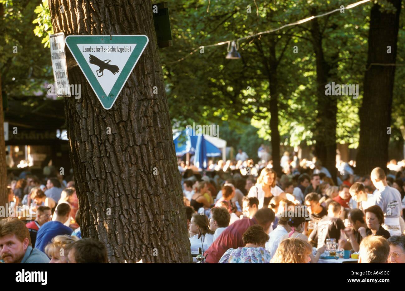 Beer Garden Sign Stock Photos & Beer Garden Sign Stock Images - Alamy