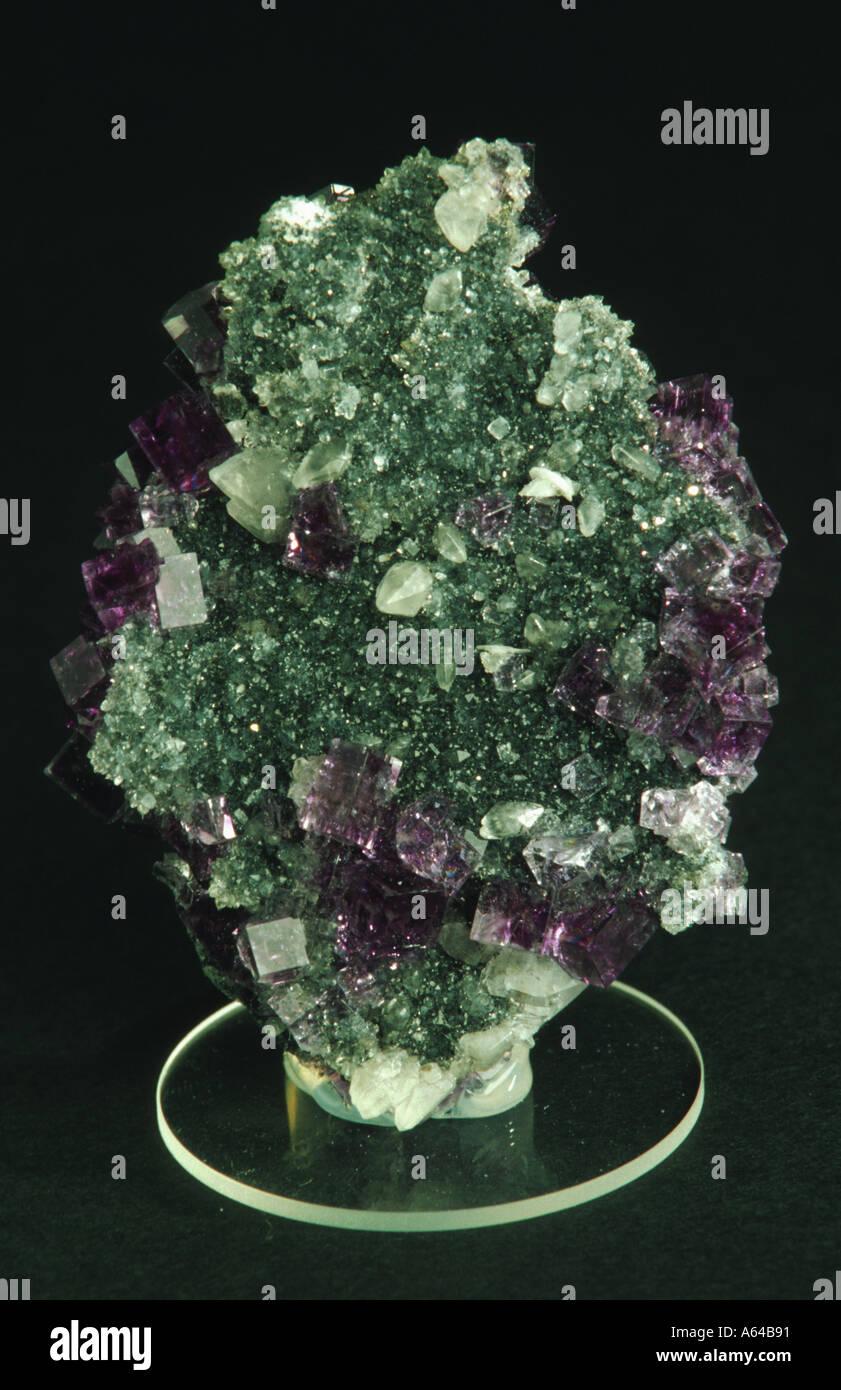 fluorite calcite and barite fluorit calcit barit auf quarzrasen - Stock Image