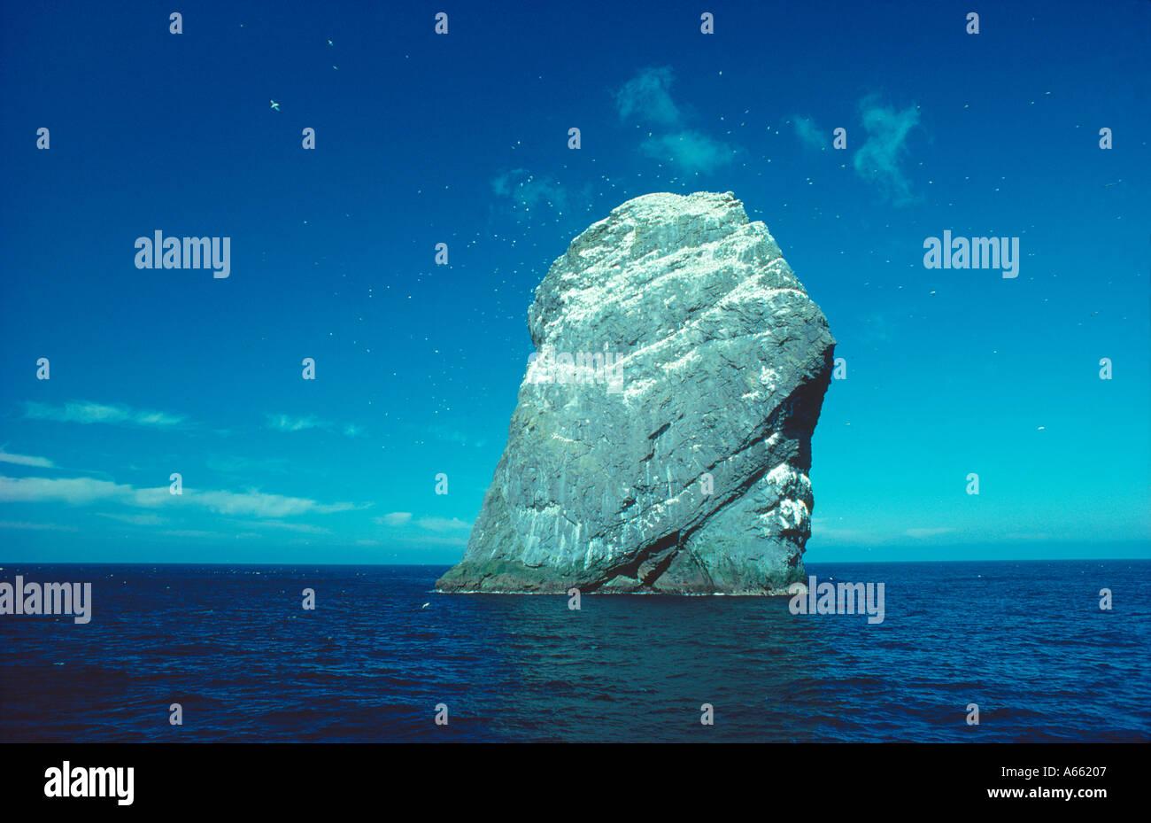 The rock stack of Stac Lee St Kilda Outer Hebrides western Scotland - Stock Image