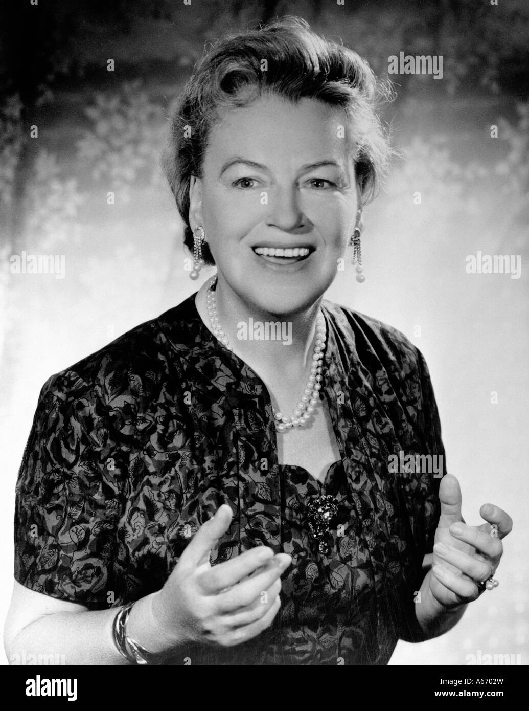 GRACIE FIELDS British comic actress and singer 1898 to 1979 - Stock Image