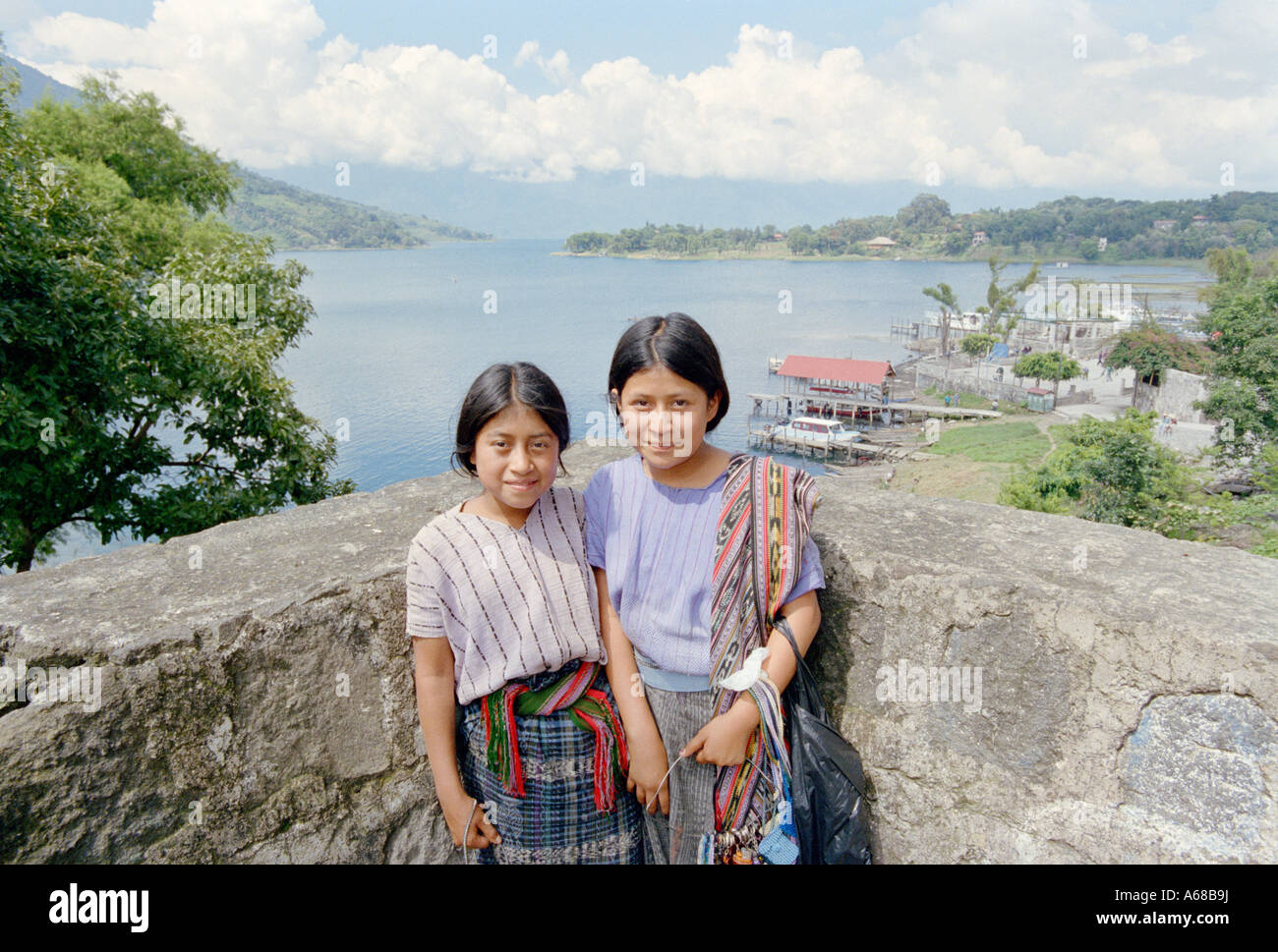 Two young girls, selling trinkets in Santiago, Atitlan, Guatemala. - Stock Image
