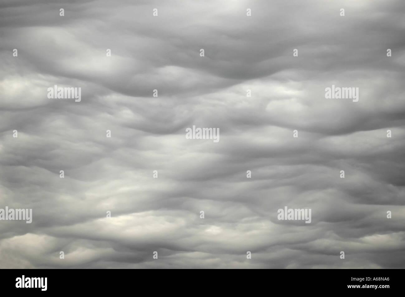 Gray overcast sky before rain - Stock Image