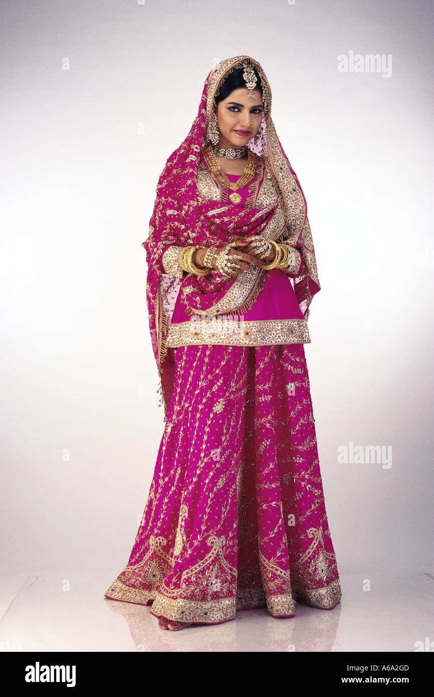 Indian Muslim Bride dressed in bridal wedding marriage dress Stock ...