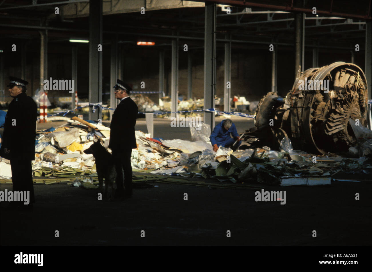Wreckage of Panam 103 is reassembled in a hangar near Lockerbie - Stock Image