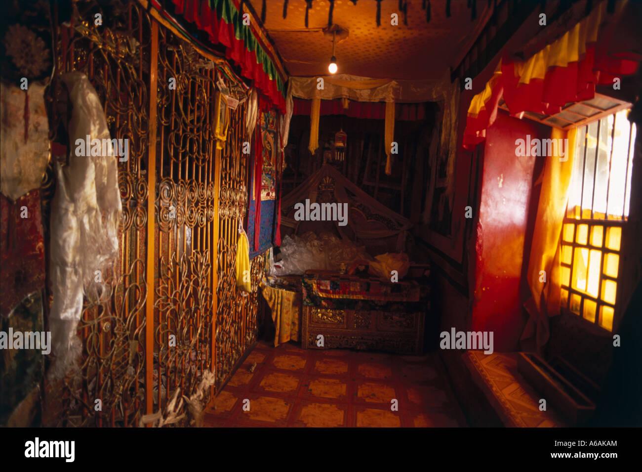 China, Tibet, Samye Monastery, Quarters of Dalai Lama, interior of simple apartment - Stock Image