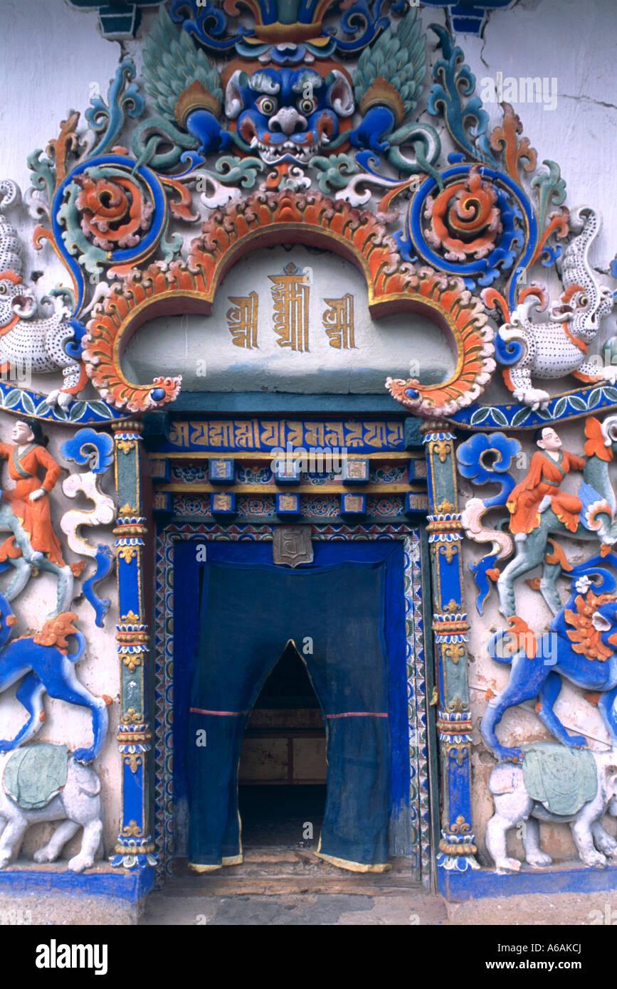 China, Tibet, Gyantse, Kumbum, highly decorated doorway to main chapel - Stock Image