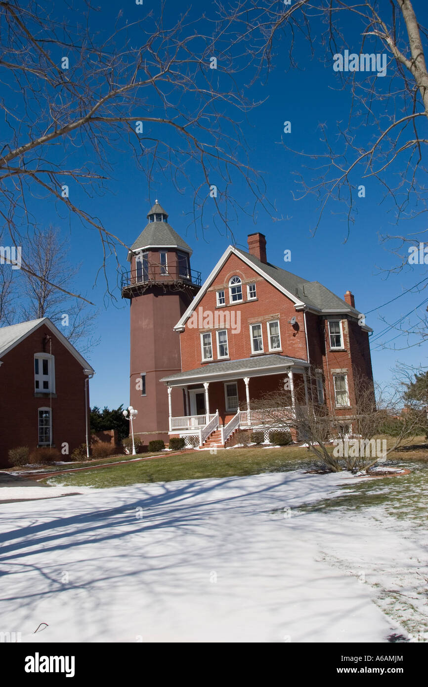 The Braddock Point Light is just west of Braddock Bay.Lighthouse Mansion for sale sign, On lakeside of Lake Ontario - Stock Image