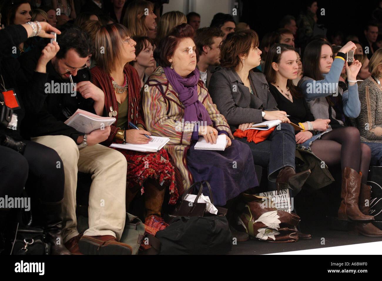 Famous Fashion Journalists Watching London Fashion Week
