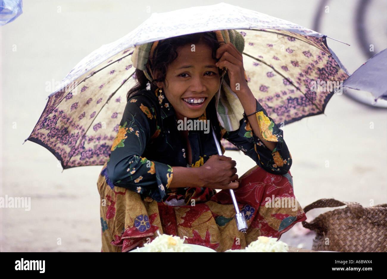 Girl in a Market, Banjarmasin, Kalimantan, Borneo, Indonesia. - Stock Image