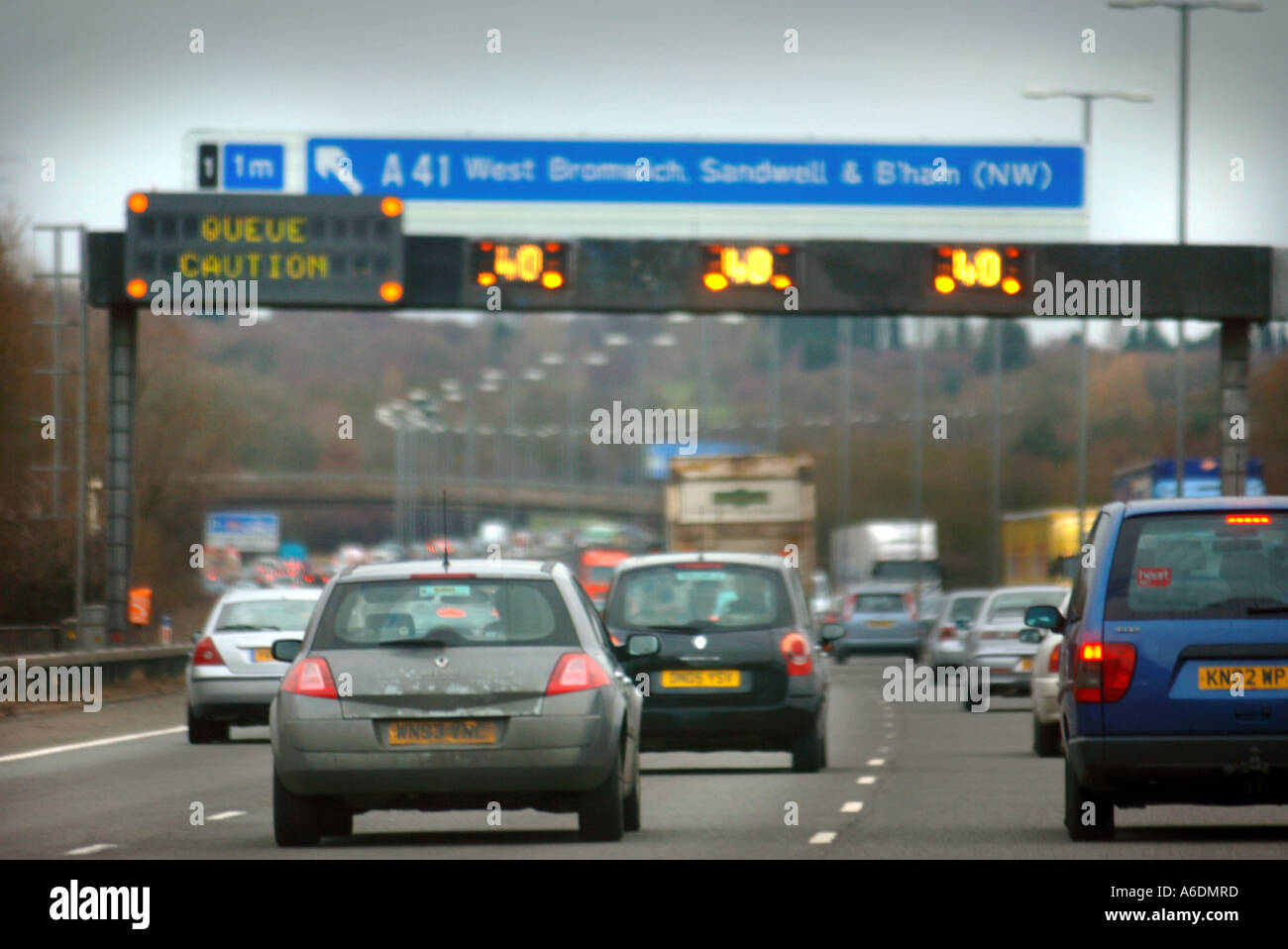 HEAVY TRAFFIC ON THE M5 NEAR BIRMINGHAM UK - Stock Image