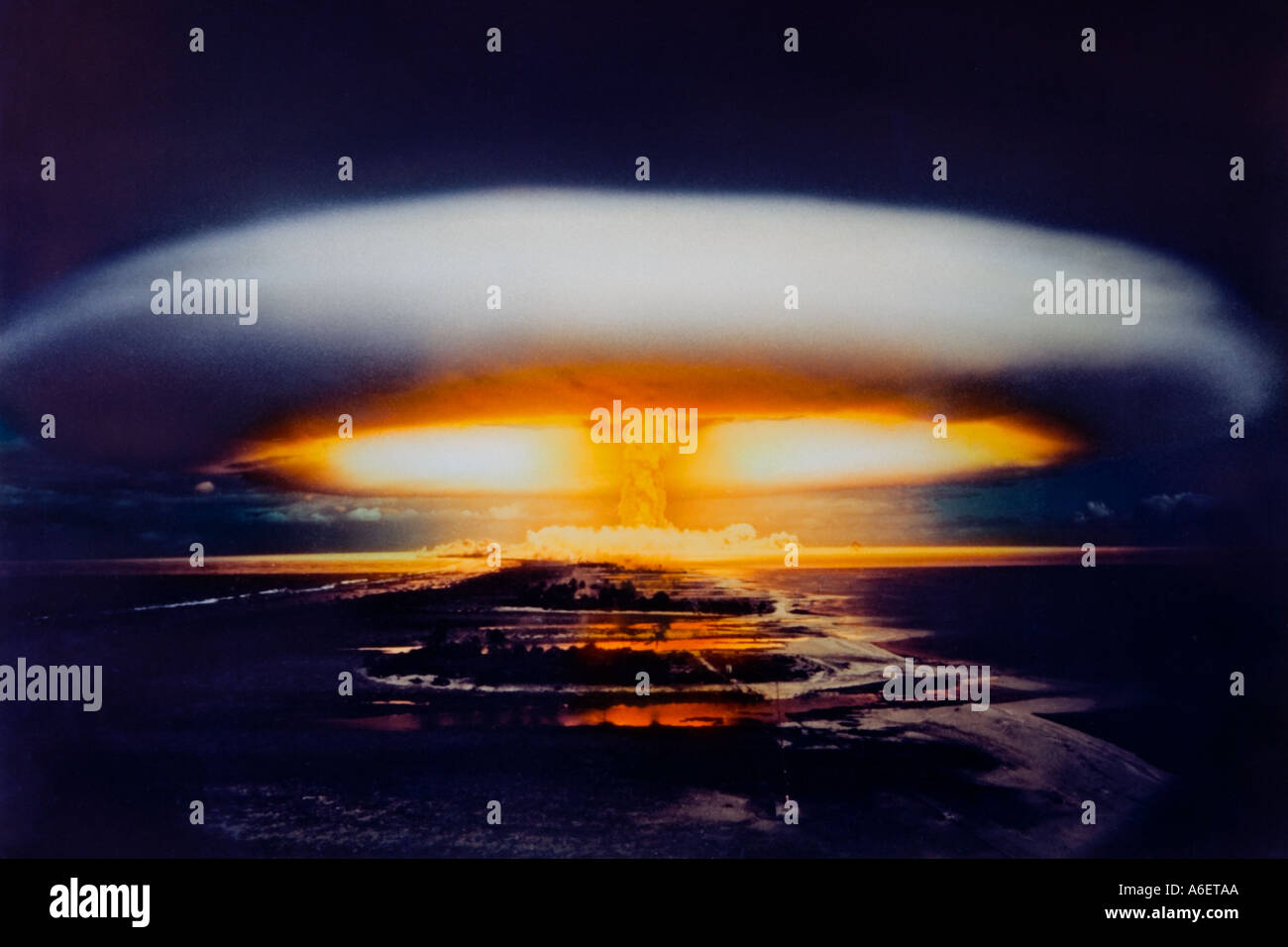 Crown of a nuclear bomb explosion over Mururoa atoll, French Polynesia, Pacific Ocean - Stock Image