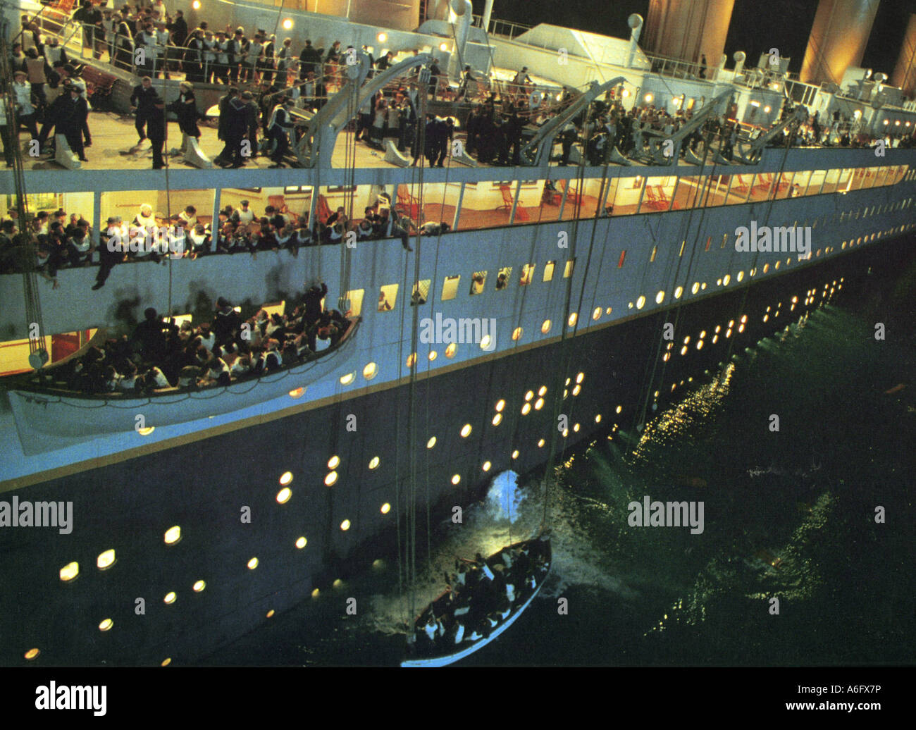 TITANIC  1997 TCF film written and directed by James Cameron - Stock Image