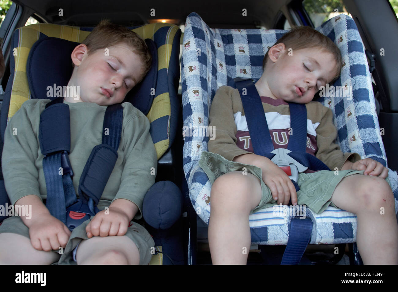 Two Young Boys Asleep Sleeping In Car Seats A CJWH NAOH