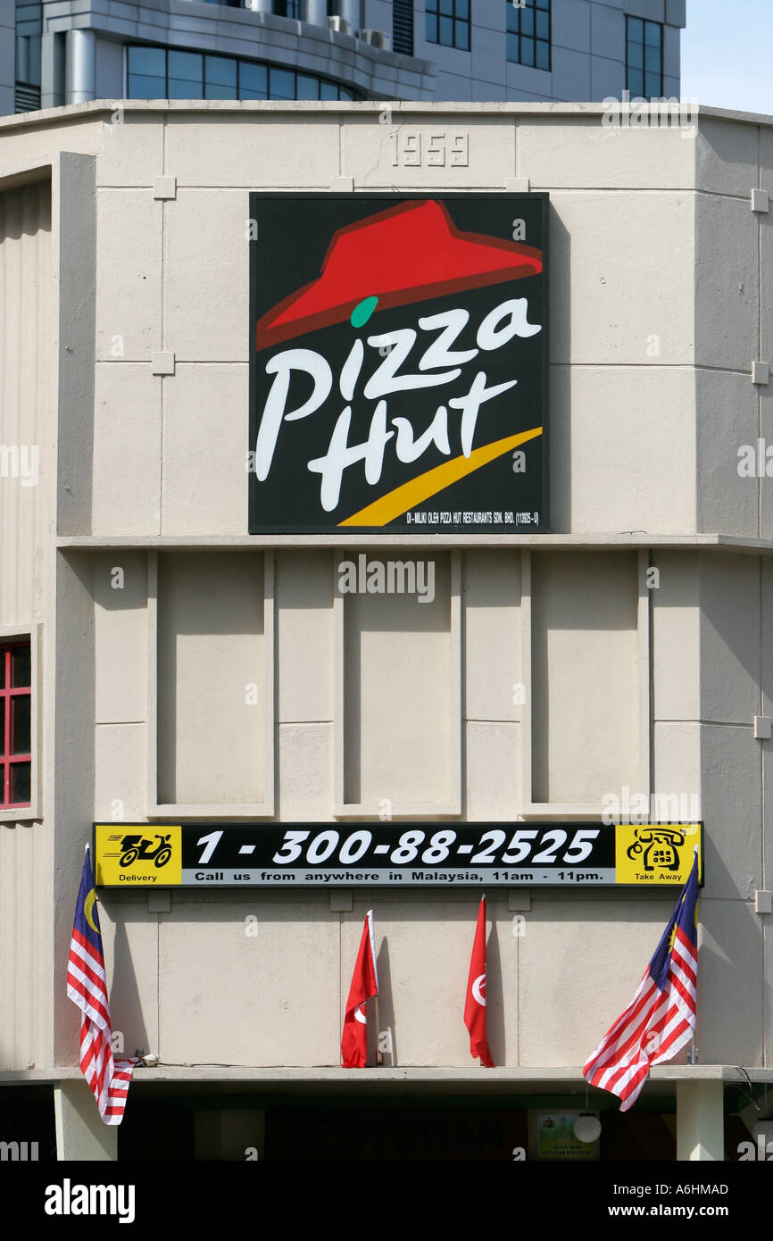 Sign For Popular Fast Food Chain Outlet Pizza Hut Kota Bharu