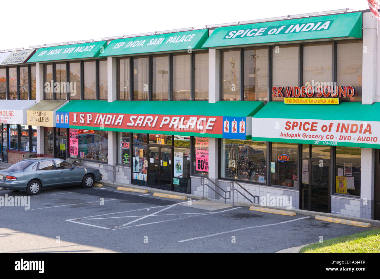Langley Park Maryland Usa Immigrant Indian Restaurants And