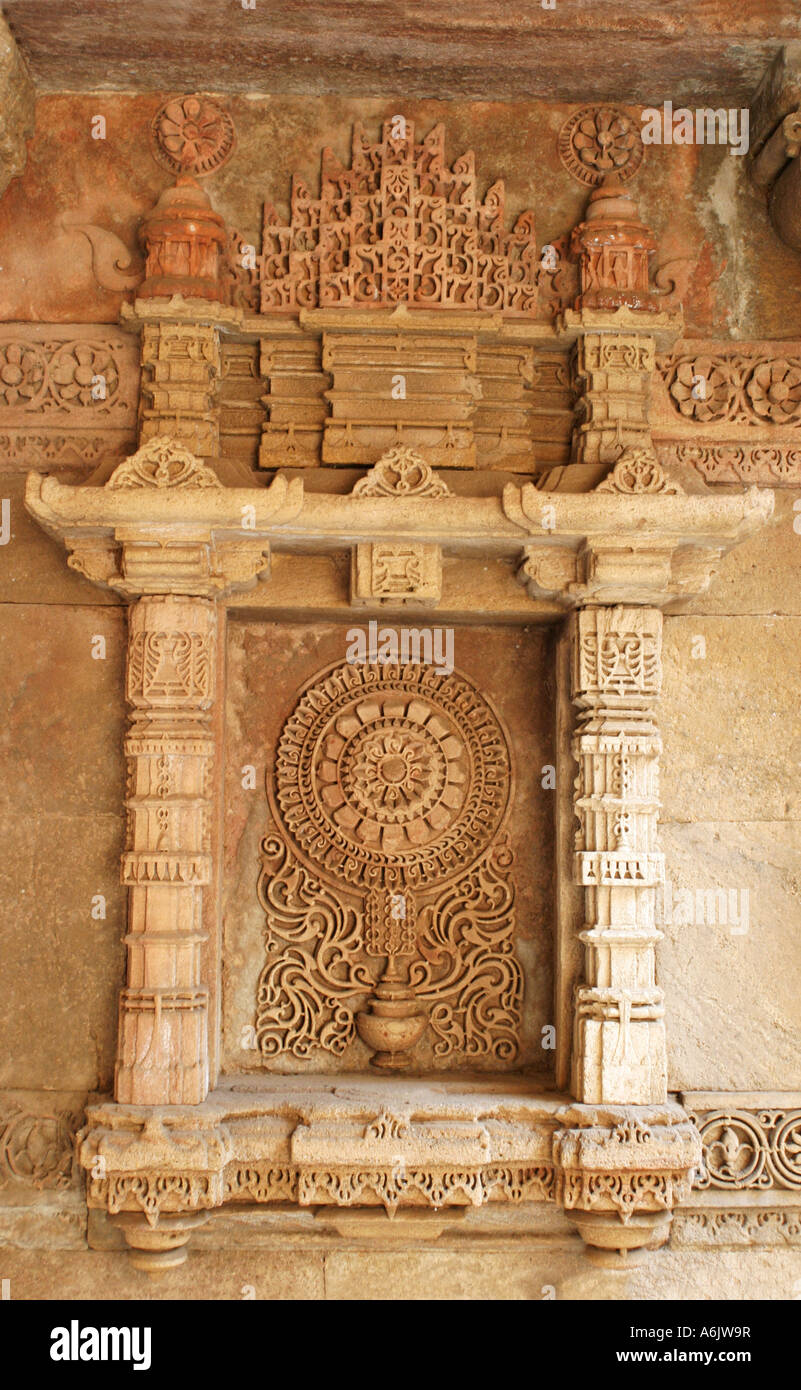 Detail of the exquisitely carved historic Adalaj Step-well near Ahmedabad,Gujarat,India - Stock Image