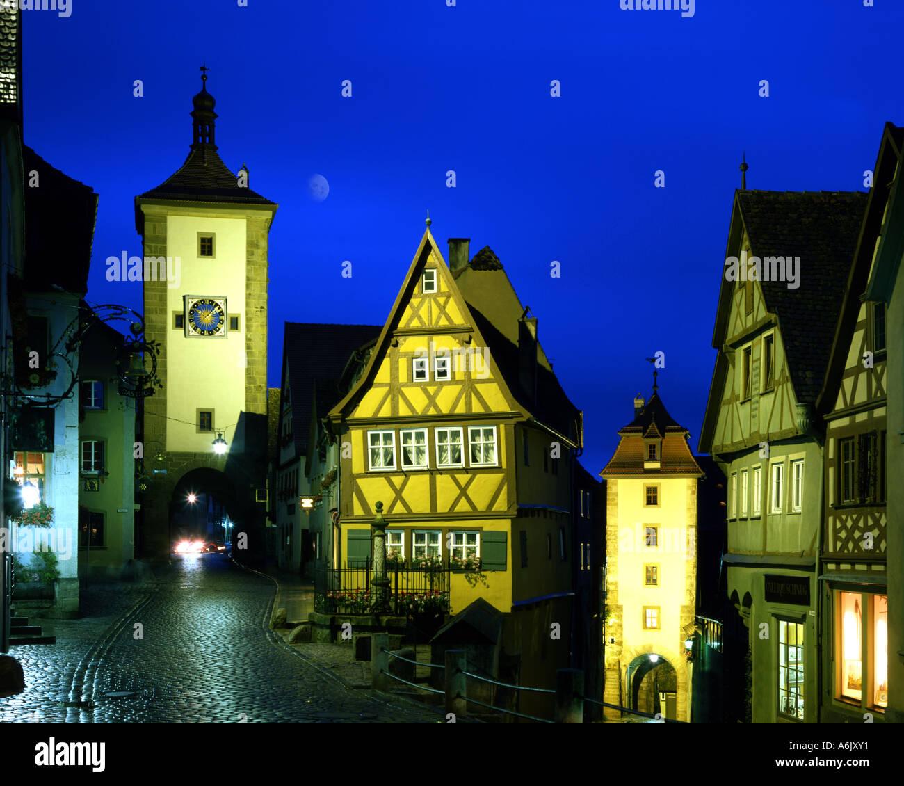 DE - BAVARIA:  The Plönlein Gate at Rothenburg-ob-der-Tauber - Stock Image