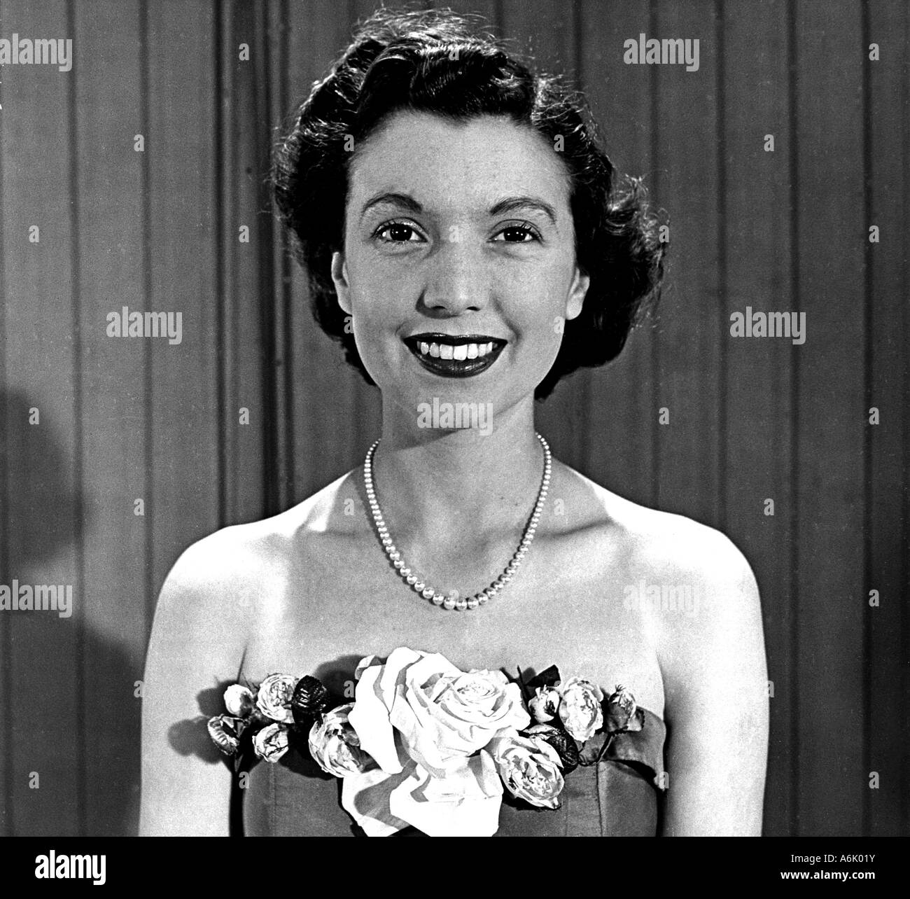 SYLVIA PETERS UK actress who was a continuity announcer for BBC TV between 1947 and 1958 - Stock Image