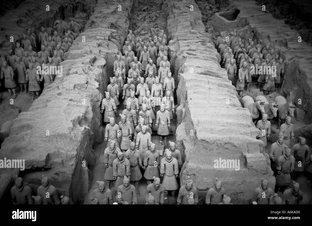 Army of Terracotta Warriors & Horses Xi'an Xian UNESCO World Heritage Site China Shaanxi Chinese Asian Asiatic Asia - Stock Image