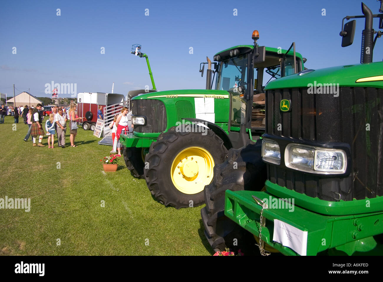 dh County Show KIRKWALL ORKNEY John Deere tractors machines at show display farm sell farming equipment Stock Photo