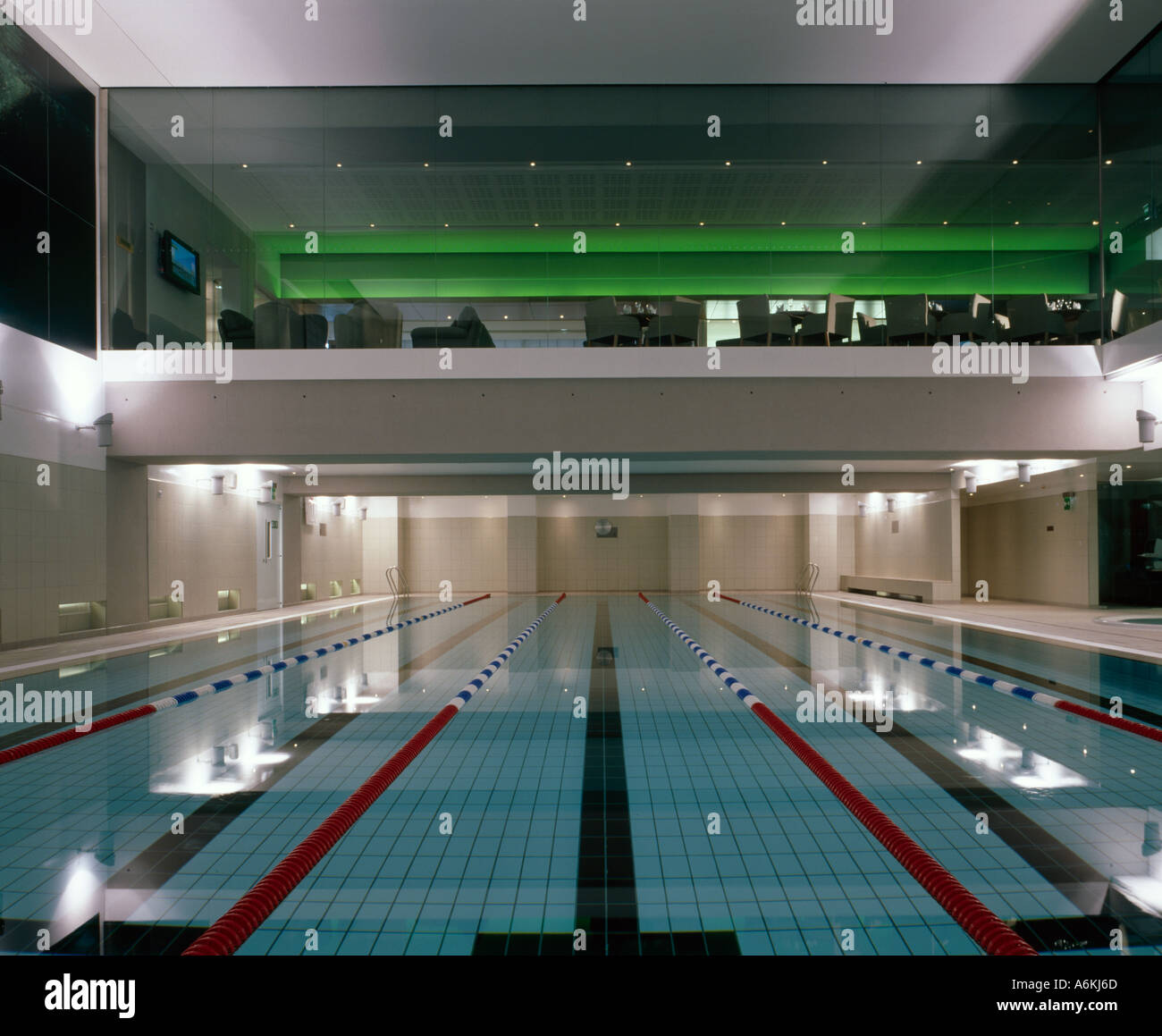 Chelsea Club Fulham Road London Swimming Pool With Glimpse Of Stock Photo 3786348 Alamy