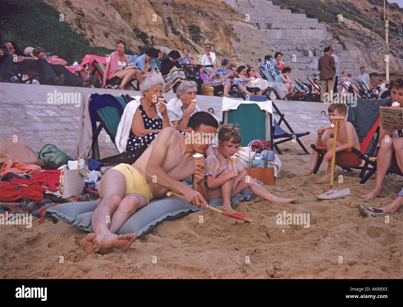'Family holiday, ^1960, Bournemouth, Dorset, England' - Stock Image