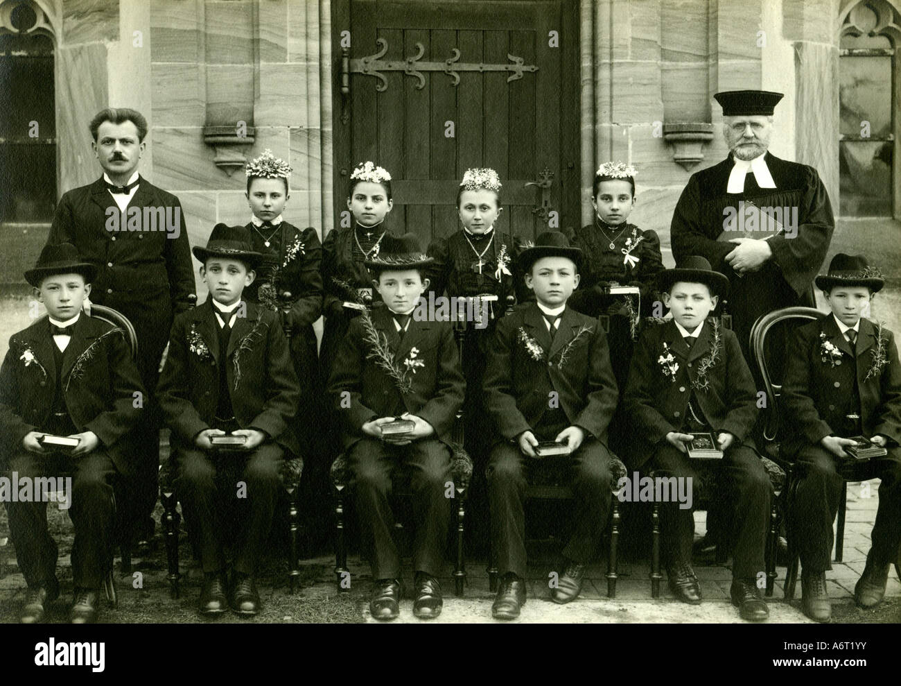 religion, christianity, ceremonies, confirmation, group picture, confirmands, circa 1910, Additional-Rights-Clearances Stock Photo