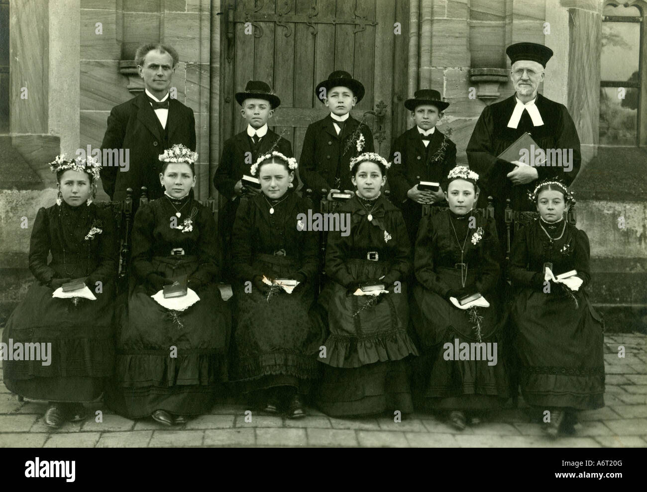 religion, christianity, ceremonies, confirmation, group picture, confirmands, circa 1910, Additional-Rights-Clearances - Stock Image