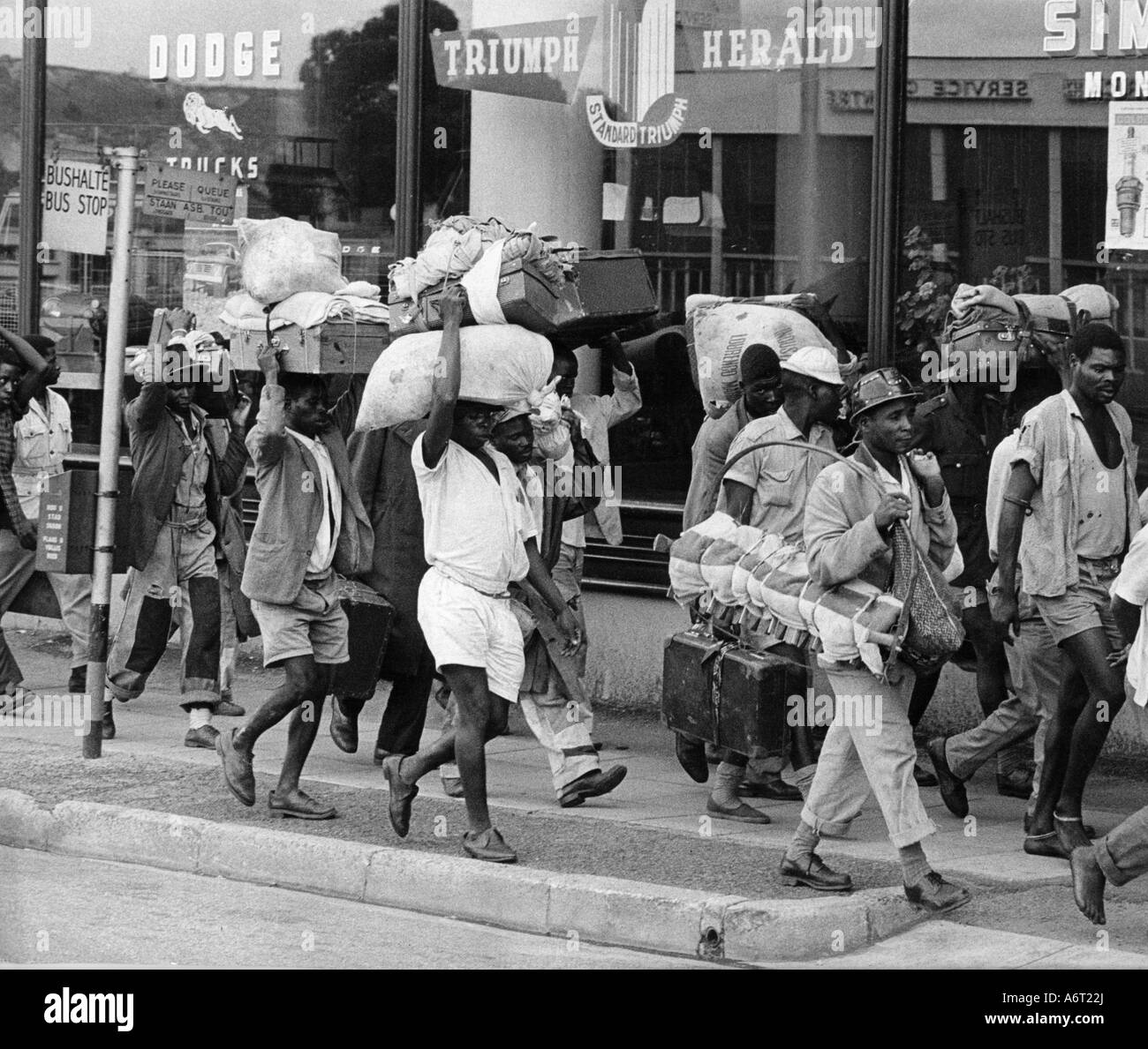 geography/travel, South Africa, people, miners return to Basutoland after two years labour, Johannesburg, 1963, - Stock Image