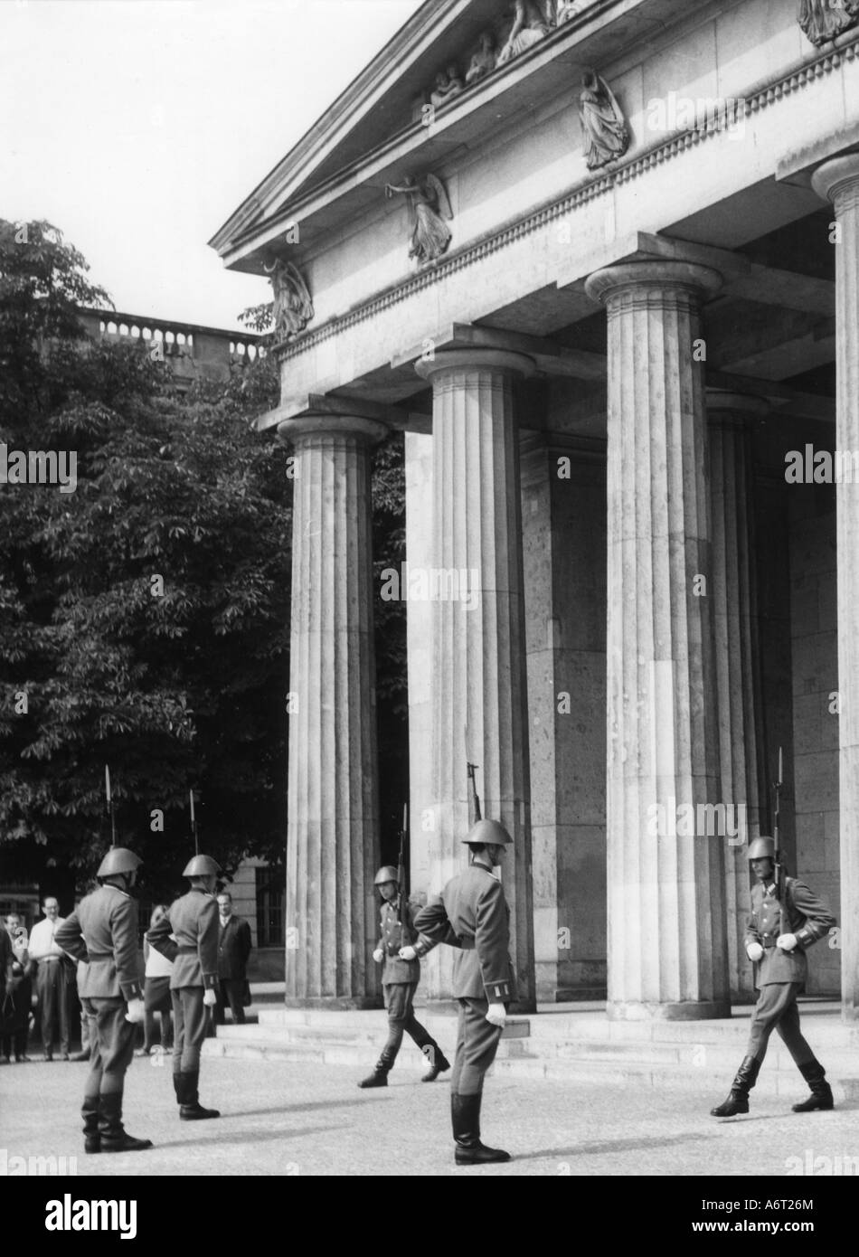 military, Germany, German Democratic Republic, National Peoples Army, 1st Regiment of Guards 'Friedrich Engels', - Stock Image