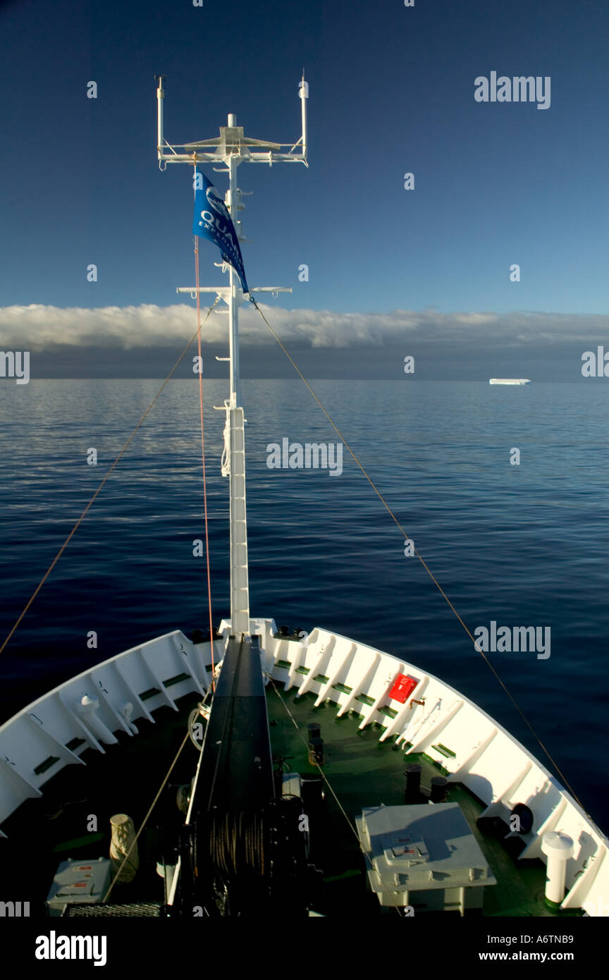 Cruising the Antartica with the Professor Multanovskiy a Russian ship - Stock Image