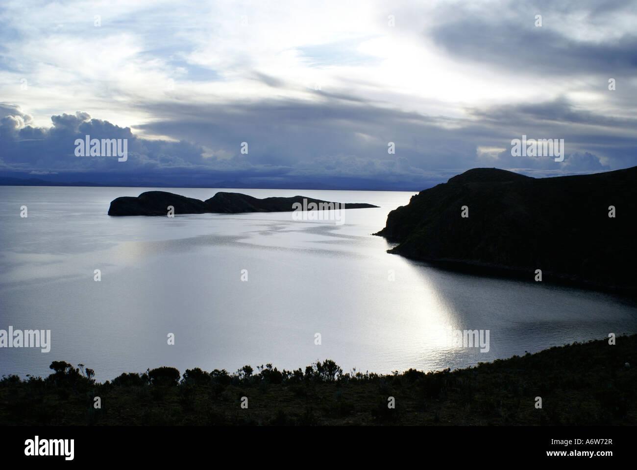 View over the Lake Titikaka in the evening, Isla del Sol, Bolivia - Stock Image