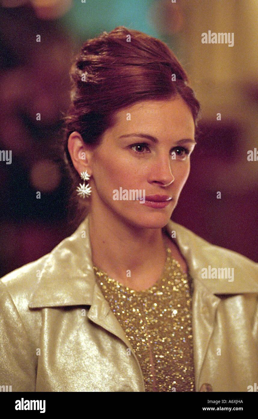 OCEAN'S ELEVEN Julia Roberts as Tess Ocean in the 2001 Warner film - Stock Image
