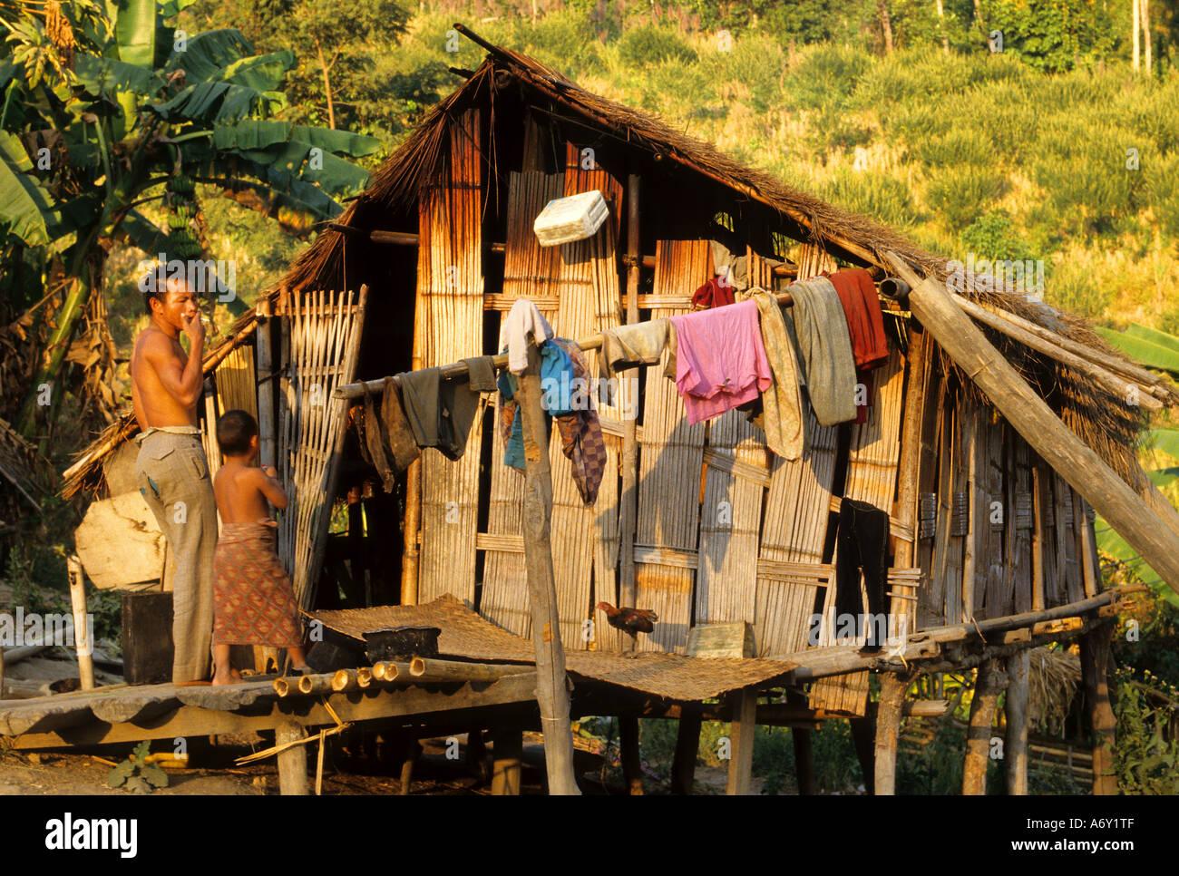 House Thailand Thai cottage poor poverty cabin Stock Photo - Alamy