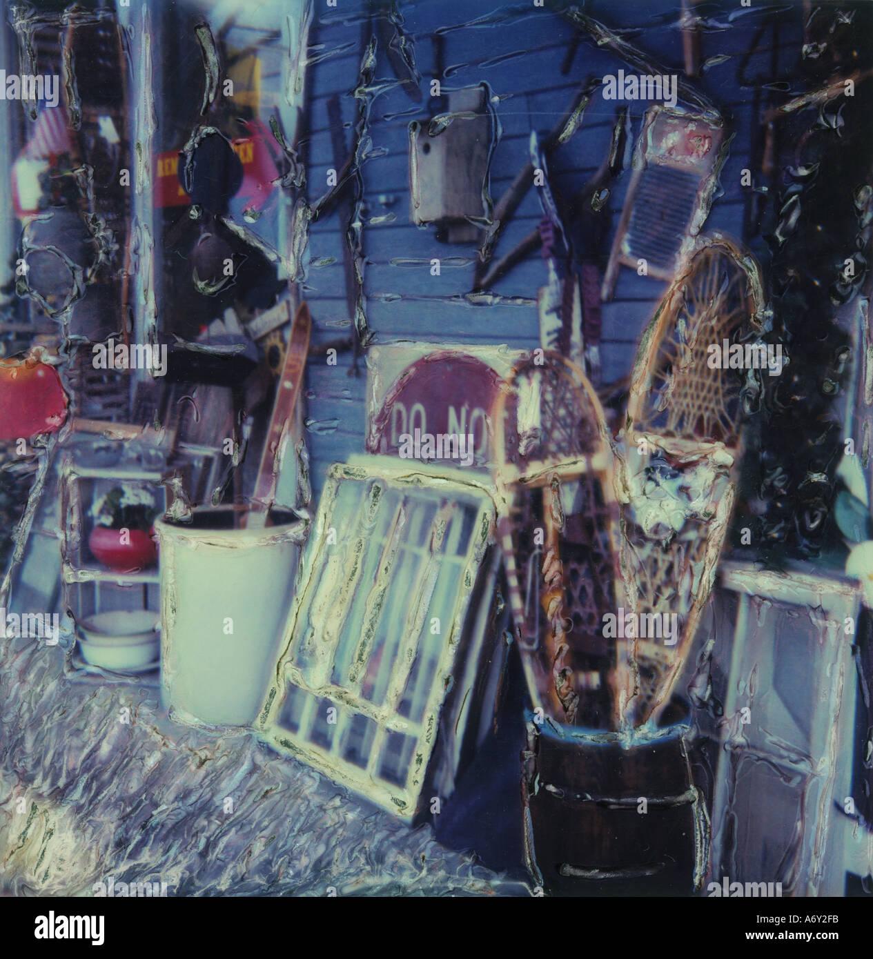 Antiques Outside Alice s Antique Shop Anchorage SC AK - Stock Image