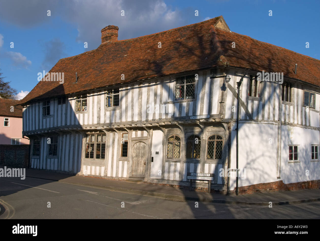 House on the corner of Lady Street Lavenham Suffolk England - Stock Image