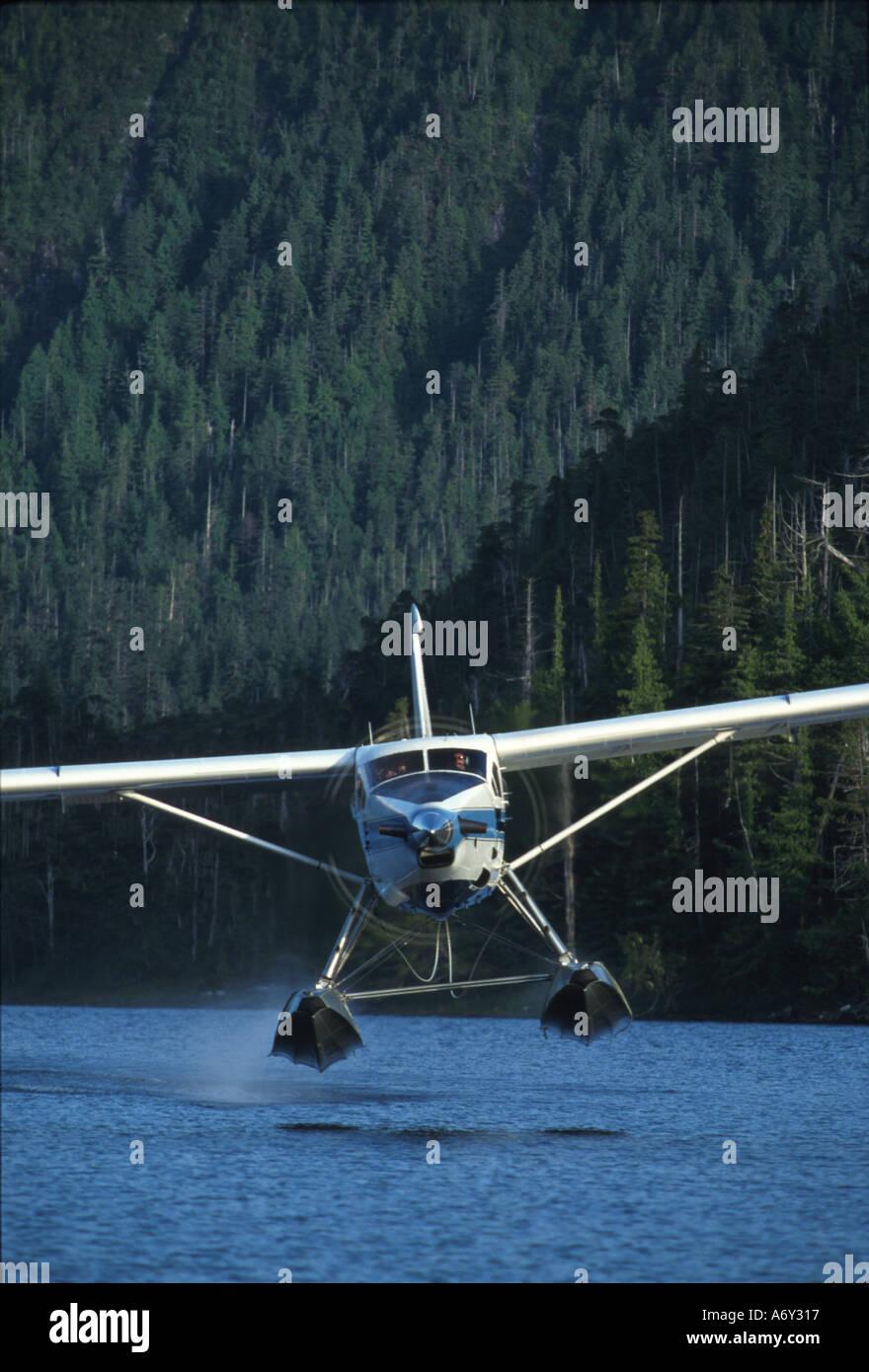 Bush Pilot Plane Landing Stock Photos & Bush Pilot Plane