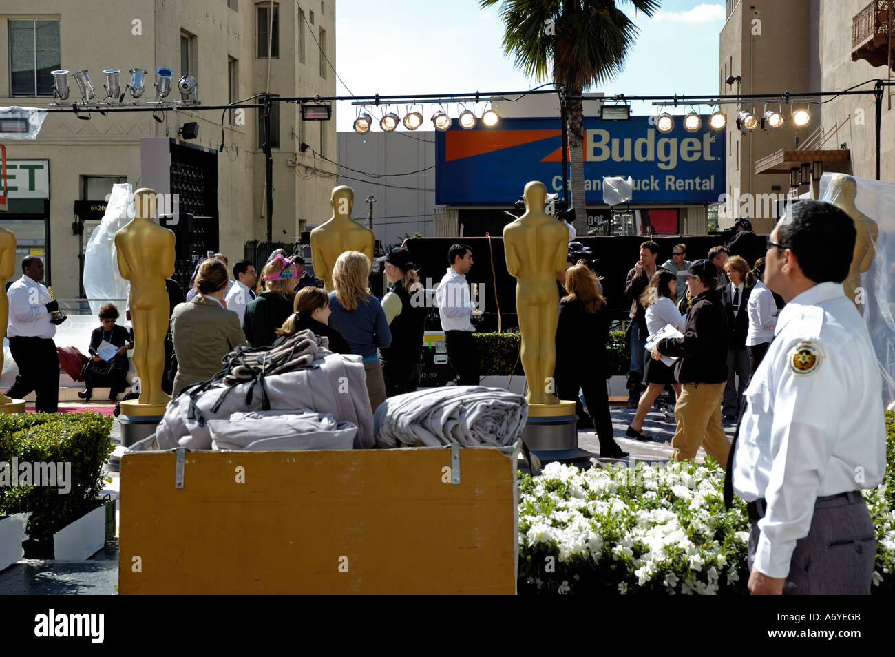 The Day Before 78th Academy Awards Ceremony 50 Oscar Statuettes Were Walked Down Red Carpet By ICF Film Students