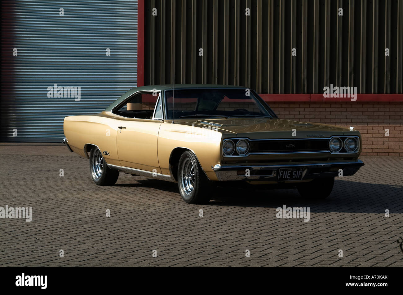1968 Plymouth Gtx Classic Muscle Car American Vintage Styling High